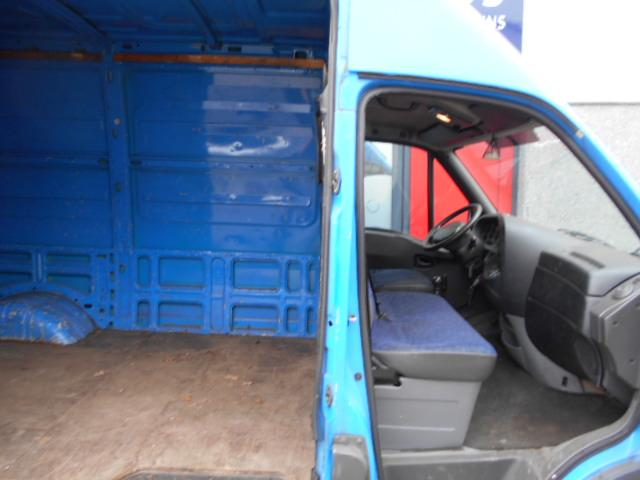 Iveco Daily 35 C 13V 330 H2 dubbellucht 3 zits 15