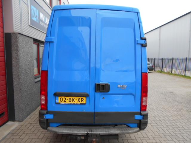 Iveco Daily 35 C 13V 330 H2 dubbellucht 3 zits 16