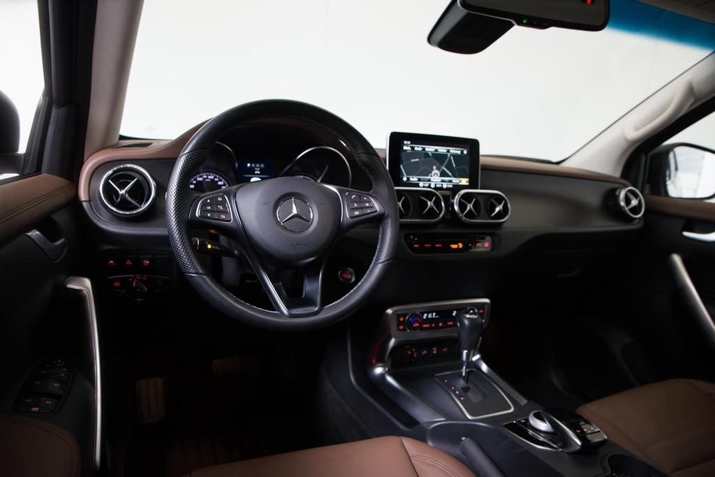 Mercedes-Benz X-Klasse 250d 4-Motion Power| Style| Leder| Camera 19