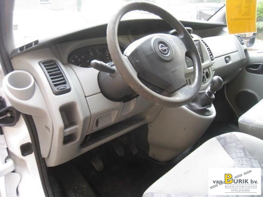 Opel Vivaro 1.9DTI L1H2 airco 8