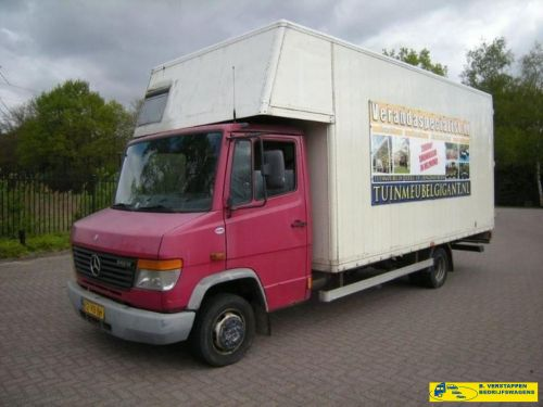 Mercedes-Benz Vario 512 D Meubelbak MOTOR DEFECT