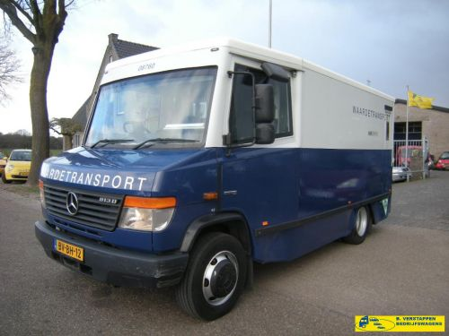 Mercedes-Benz Vario 813 D geldtransport