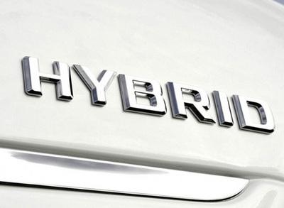 2 september 2011. Ford en Toyota sluiten hybridedeal voor lichte bedrijfsauto's