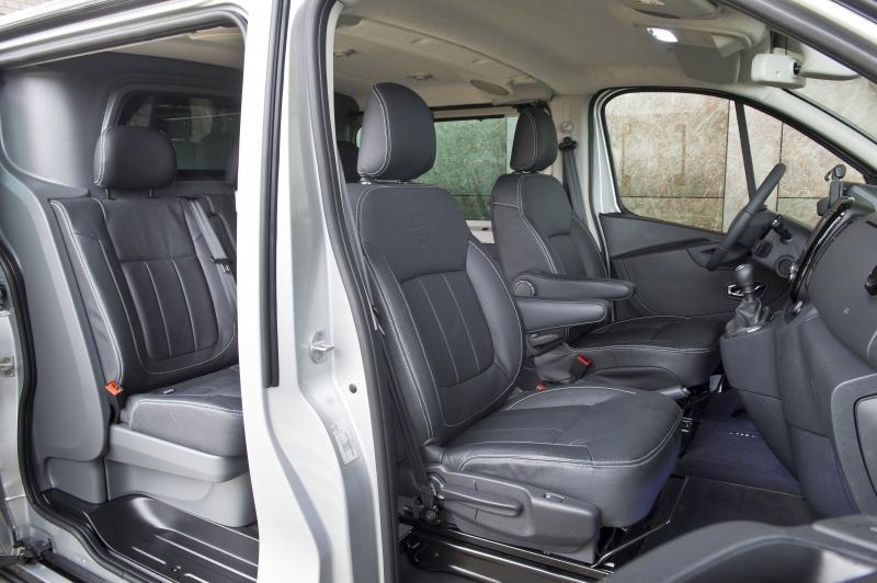 Opel vivaro 2 0 innovation luxe en exclusief for Interieur opel vivaro